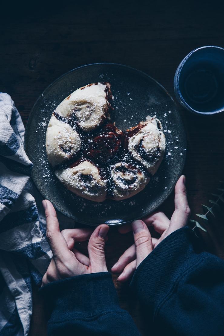 vegan chocolate rolls